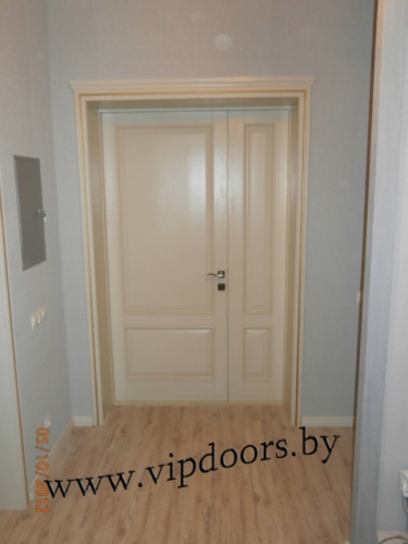 entrance-one-and-a-half-door-from-the-alder-massif.jpg