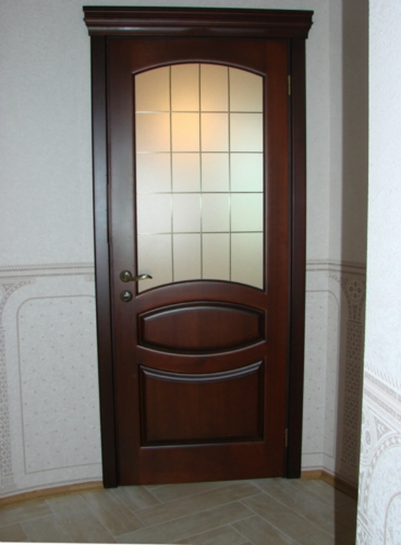 Classic-triple-with-stained-glass-www.vipdoors.by.jpg