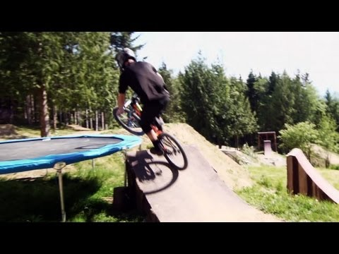 Ultimate freeride MTB house - PREMIERE episode 1