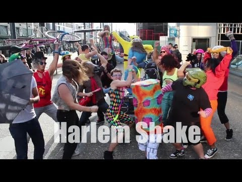 Spandy Andy Harlem Shake on the Street - Vancouver, Granville St.