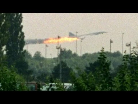 Malaysia Airlines Plane Crash in Ukraine MH17 Flight Shot Down (17 July 2014)