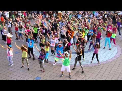 Флэшмоб  LMFAO Party Rock Anthem